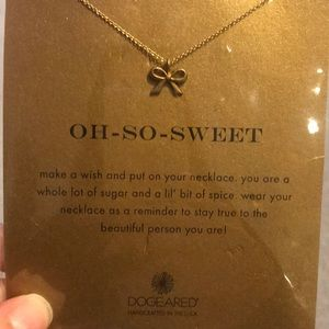 Dogeared Bow necklace